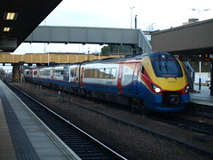 East Midlands Trains Class 222 Meridian 222012 arrives at Leicester (qwertyberty45) Tags: leicester eastmidlandstrains 222012