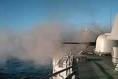 1997 04 11 - USS RODNEY M DAVIS (FFG 60), at sea - off Okinawa - 76mm gun shoot - surface PAC - nr2 (BlackShoe1) Tags: shells ship vessel davis 60 firing gunshoot gunfire rmd ffg 76mm 76mmgun otomelara rmdavis ussrodneymdavisffg60rmddavisrm