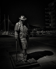 Night walk in Drammen (A.Husvaer) Tags: norway statue nightshot drammen xt1 samyang12mm