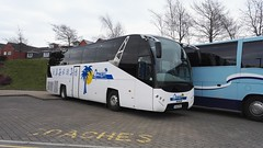 Omega Travel Milton Keynes (Woolfie Hills) Tags: travel man milton keynes kwj ayats omeg kx15