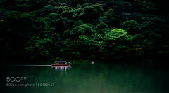 Boat in Arashiyama (HoustonHVAC170) Tags: wood travel viaje trees light green nature japan night forest boat long exposure sony traditional voigtlander panoramic calm bamboo arashiyama cinematic japon 15mm a6000 pakdock sonya6000