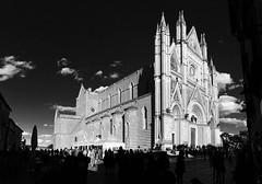 Duomo di Orvieto b/n (Etrusco984) Tags: blackandwhite italy church italia duomo umbria biancoenero beautifull orvieto duomodiorvieto
