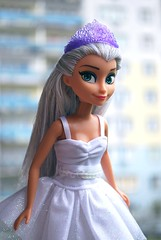 (reiha.) Tags: thread doll fake clone elsa reroot
