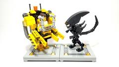 Power Loader vs Alien (bbchai) Tags: lego alien mecha mech moc powerloader mechsuit