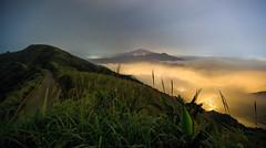 102 Road, Taiwan _IMG_6675 (Len) Tags: mist fog clouds landscape nightscape taiwan     6d    jinguashi jiufen blackcard  jioufen   ruifang   102   steamfog ef1635mmf28liiusm  1635lii   advectionfog  102   mtkeelung   newtaipeicity     suijinjiu