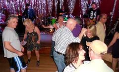 Dancing at Cliffhanger in Lynnwood (jiff89) Tags: seattle music classic rock bar dance live april lynnwood cliffhanger 2016 dogtones