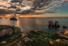 Urros (Marce Alvarez.) Tags: costa landscape mar nikon c paisaje atardeceres cantabria cantabrico acantilados liencres costaquebrada marcealvarez