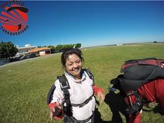 G0080357 (So Paulo Paraquedismo) Tags: skydive tandem freefall voo paraquedas quedalivre adrenalina saltar paraquedismo emocao saltoduplo saopauloparaquedismo