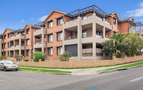 27/10-12 Wingello Street, Guildford NSW
