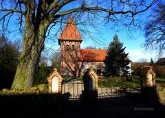 Dorfkirche Zebelin (oxfordian.world) Tags: church dorfkirche niedersachsen lowersaxony oxfordian rundlingsdorf lumixlx7 oxfordiankissuth waddeweitz zebelin