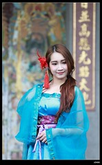 DP1U9446 (c0466art) Tags: old light portrait cute classic girl umbrella canon pose temple photography pretty place action outdoor quality gorgeous chinese taiwan sword lovely cloth charming elegant activity society pure keelung tranditional 1dx c0466art