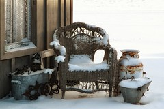 freshly fallen (s@ssyl@ssy) Tags: old winter snow cold sunrise vintage morninglight chair antique seat shed rusty wicker mybackyard gardenshed rickety