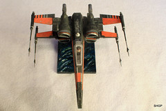 IMG_2123 (harrison-green) Tags: film movie star model fighter force space wing x xwing spaceship wars poe 172 bandai t70 awakens dameron incom