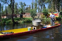 Cocinando en Xochimilco