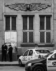 Bukarest, Gara de Nord (Michael Erhardsson) Tags: travel cars station romania gata bukarest bilar svartvitt rumnien garadenord grskala 20130206