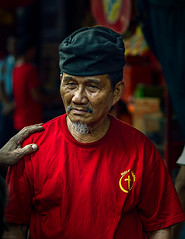 Chinoy in Red (SHOOT Like a Rockstar) Tags: street old red people chinatown chinese chinesenewyear peo