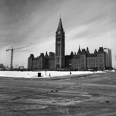 52:500c - Week 10 - Capital National (.:Axle:.) Tags: city urban bw ontario canada slr 120 6x6 film rollei buildings mediumformat project square blackwhite downtown ottawa capital 150 hasselblad rodinal parliamenthill memorials yellowfilter canadianparliament filmphotography capitalcity nationalcapital asa25 governmentofcanada filmisnotdead hasselblad500c epsonv700 nationalcapitalregion filmisalive carlzeissdistagon50mm14 blazinal rolleirpx believeinfilm 52rollsnet 52rollproject adobephotoshopcc rpx25 rolleirpx25 52500c