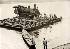 Railway engine being transported across Vistula river. Warsaw, 1915 [1200x835] #HistoryPorn #history #retro http://ift.tt/1RExsnX (Histolines) Tags: history river being engine railway retro warsaw timeline across 1915 vistula transported vinatage historyporn histolines httpifttt1rexsnx 1200x835