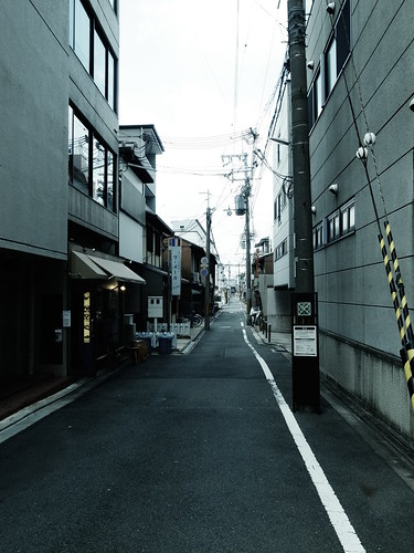 Street by matsuyuki, on Flickr