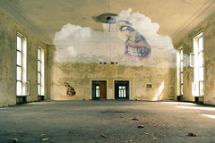 Clouded Room (beyerl9g1) Tags: vogelsang