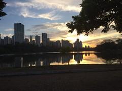 Lago igap londrina (Malevz_2) Tags: brasil evening parana anoitecer londrina lagoigap