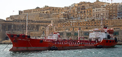 Karol Wojtyla in the harbor of Valetta (pe_ha45) Tags: harbor ship hafen schiff tanker fuel mediterraneansea karolwojtyla mittelmeer frrainer bunkerninvaletta