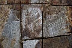 Badgastein (Harald Reichmann) Tags: salzburg kunst linie holz arbeit baum muster badgastein werk versuch zeichen geometrie baumstamm bearbeitung schnitt holzbringung motorsge abschnitt mglichkeit einschnitt wasserfallweg