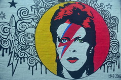 I gazed a gazely stare (Couldn't Call It Unexpected) Tags: sydney australia davidbowie wallmural ziggystardust itsstillikelosingafamilymember thankyoutowhoeverpaintedthis imstillgutted