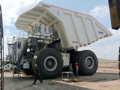 One of the great new dumpsters. (The Old dutchman) Tags: heavyequipment
