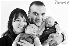 Famille3. (nanie49) Tags: family famille portrait baby france familia nikon famiglia retrato twin nb bn newborn d750 francia bb jumelles nouveaun reciennacido gemeles nanie49