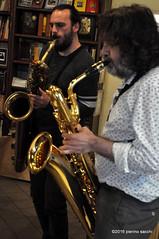 M4099419 (pierino sacchi) Tags: musica sax saxophone libreria recitazione baritono oneiros andreaferrari libreriacardano simonemocennibeck igorebulipoletti