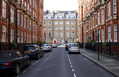 Montagu Mansions - Marylebone, London (SE9 London) Tags: road street city uk homes england house london westminster architecture canon spring apartments apartment britain united great may kingdom gb borough w1 crawford marylebone mansions montagu