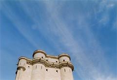 Castle (mortendahl) Tags: france olympus om1 olympusom1 2015 cinestill50daylightxpro filmid2506