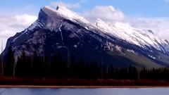 vermilion lakes (rana.way) Tags: mountain landscape lakes mountainside mountrundle vermilionlakes rundlerange