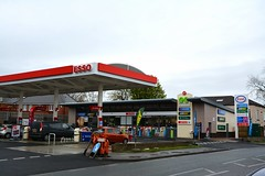 Esso, Wetherby Road Leeds West Yorkshire. (EYBusman) Tags: road west station subway euro garage yorkshire leeds mobil gas starbucks service petrol gasoline esso filling greggs exxon garages wetherby eybusman