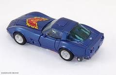 mptracks36 (SoundwavesOblivion.com) Tags: chevrolet broadcast stingray tracks transformers corvette autobot masterpiece blaster c3 raoul cybertron mp25