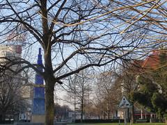 00722746 Theodor-Heuss-Platz (golli43) Tags: sunset sun streets rain sunrise mond heaven himmel wolken weihnachtszeit dezember neighbours sonne katzen nachbarn homesweethome regen spaziergnge spaziergang jahreswechsel streetlive segelflieger