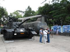 "Ho Chi Minh Ville: le Musée des Vestiges de Guerre <a style=""margin-left:10px; font-size:0.8em;"" href=""http://www.flickr.com/photos/127723101@N04/24037292124/"" target=""_blank"">@flickr</a>"