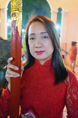 (kuuan) Tags: park ladies portrait pose vietnamese vietnam tet saigon hcmc vietnamesenewyear aodai vietnamesetraditionaldress