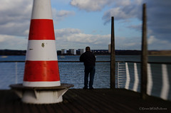 watching the water (sure2talk) Tags: lensbaby watching hythe southamptonwater watchingthewater nikond7000 lensbabycomposerpro sweet50optic 116picturesin2016114watchorwatches