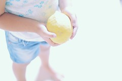 Lemon (abiabulafia) Tags: colors kids lemon hands soft chilhood