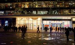 Samsung Laser Show (Obliot) Tags: italia milano samsung it evento luci lombardia marzo 2016 gaeaulenti obliot