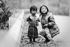 Sisters (Adrien Marc) Tags: portrait bw girl child depthoffield vietnam