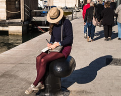 stylish office chair (eldelfraval) Tags: street france girl marseille streetphotography polder vieuxport
