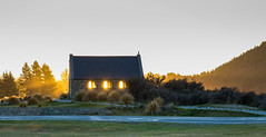 Last Rays (Somerslea) Tags: autumn windows sunset newzealand sun golden dusk canterbury mackenzie nz april southisland laketekapo churchofthegoodshepherd rays tekapo 2016 southcanterbury canoneos6d canonef24105mmf3556isstm mareeareveleyphotography