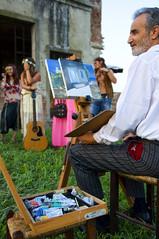 Dubbi e pensieri dell'artista (paolo bonfanti) Tags: natura colori ritratti sedia artista chitarre tasche pittore modelli