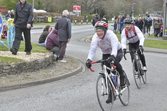 _DSC2117 Waiting for the Tour de Yorkshire (petelovespurple) Tags: people cars cycling waiting candid yorkshire police bikes flags northyorkmoors motorbikes northyorkshire 2016 a170 kirkbymoorside ryedale tourdeyorkshire