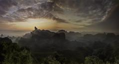 The morning sunlight. (Massetti Fabrizio) Tags: china sunlight mountain sunrise mount cina cambo rodenstock shaoguan guandong phaseone danxa iq180