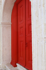 (TheOneShot (Gunnar Marquardt)) Tags: door red white canon eos closed arc entrance step marble 1200d