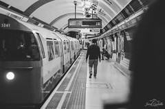 Going home. (Jordi Corbilla Photography) Tags: london 35mm underground nikon streetphotography streetphoto f18 d7000 jordicorbilla jordicorbillaphotography